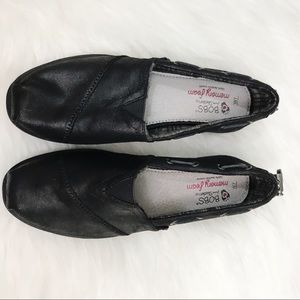 New BOB'S by Skechers Soft Black Leather Flats 7
